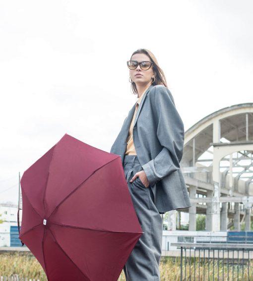 Parapluie ouvert bordeaux modèle femme - Anatole